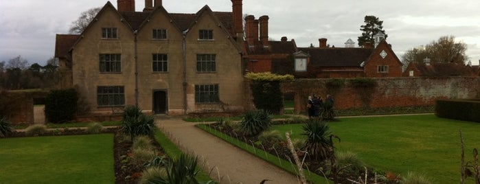 Packwood House is one of Tempat yang Disukai Carl.