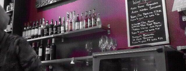 Niche Wine Bar is one of Specials.