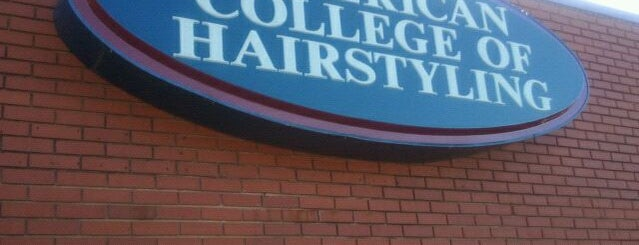 American College Of Hairstyling is one of Locais curtidos por CeeJay.