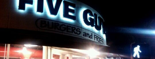 Five Guys is one of Rafael 님이 저장한 장소.