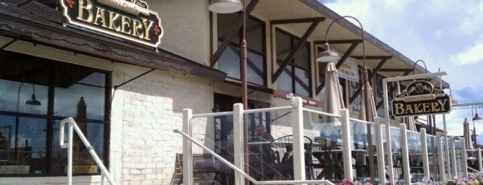 Kohnen's Country Bakery is one of DJ Lizzie 님이 좋아한 장소.