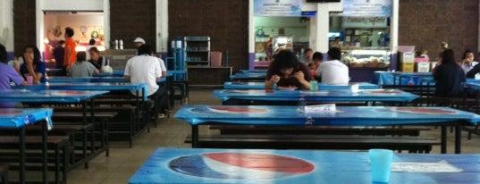 โรงอาหาร อาคารองค์การนักศึกษา (อมช.) is one of Posti che sono piaciuti a Bianca.
