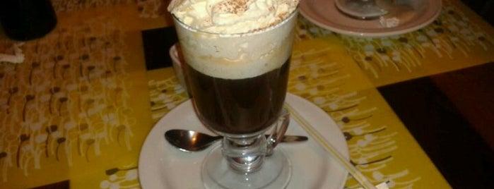 La Botica De Cafe is one of Orte, die Claudio gefallen.