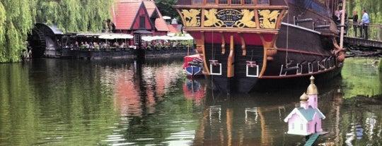 Tivoli is one of Fake Ships (fantasy replicas).
