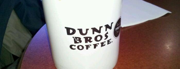 Dunn Bros Coffee is one of Tempat yang Disukai Clint.