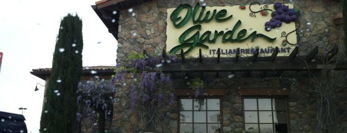 Olive Garden is one of Lugares favoritos de Jenn 🌺.