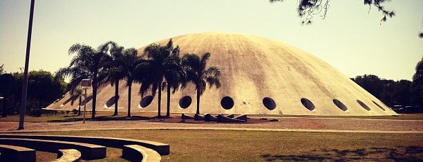 Pavilhão Lucas Nogueira Garcez (Oca do Ibirapuera) is one of 🎭 Cultura by Jana.