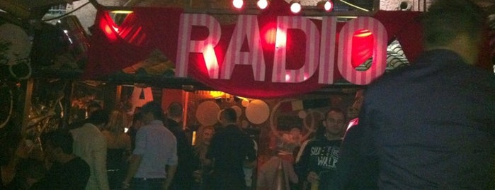 Radio Londra is one of Roma LGBT.