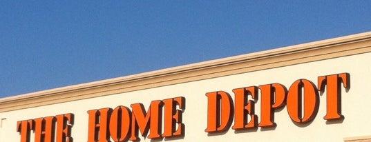 The Home Depot is one of Orte, die Angela gefallen.