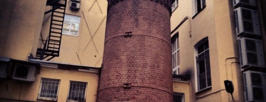 Башня Грифонов (Цифровая Башня) is one of Интересный Питер.