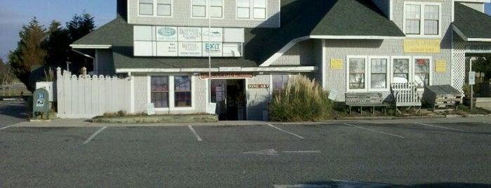 US Post Office is one of Matt'ın Kaydettiği Mekanlar.