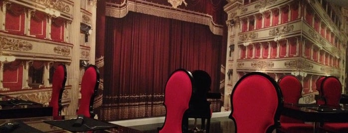 Caffè del Teatro is one of Aigerim 님이 좋아한 장소.