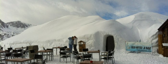 Iglu Hotel is one of Crazy Places.