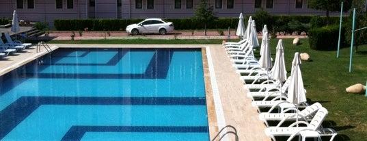 Crystal Kaymaklı Hotel & Spa is one of Orte, die Berkan gefallen.