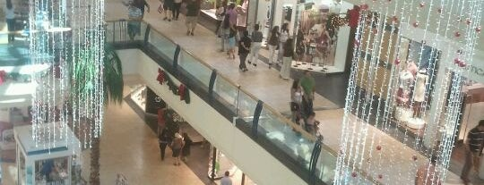 Mall Florida Center is one of Orte, die Daniel gefallen.