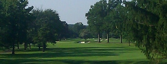 Upper Montclair Country Club is one of Jerz.
