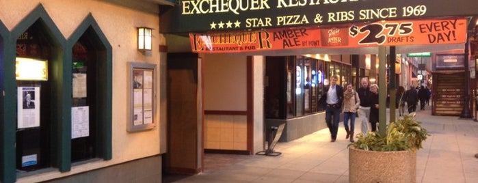 Exchequer Restaurant & Pub is one of Pizza in the South Loop.