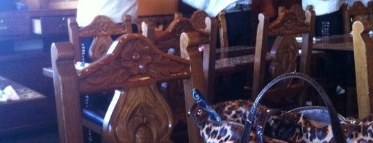 Azteca Mexican Restaurant is one of Locais salvos de Kelly.