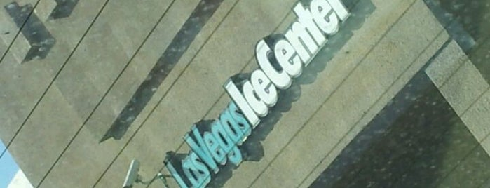 Las Vegas Ice Center is one of Lieux qui ont plu à Stephanie.