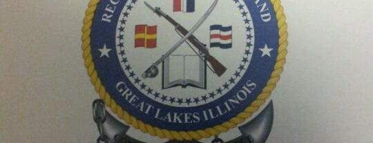 Recruit Training Command Great Lakes is one of สถานที่ที่ Rosana ถูกใจ.