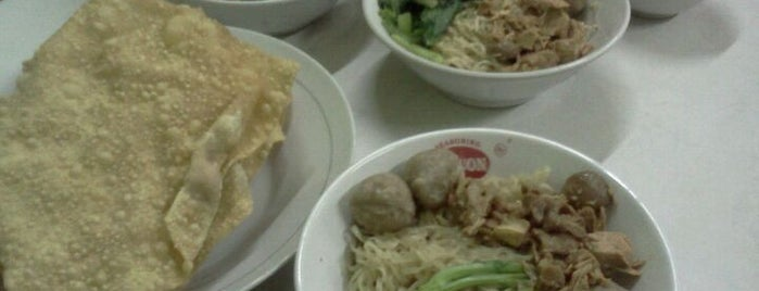 Mie Gondangdia is one of Jakarta restaurant.