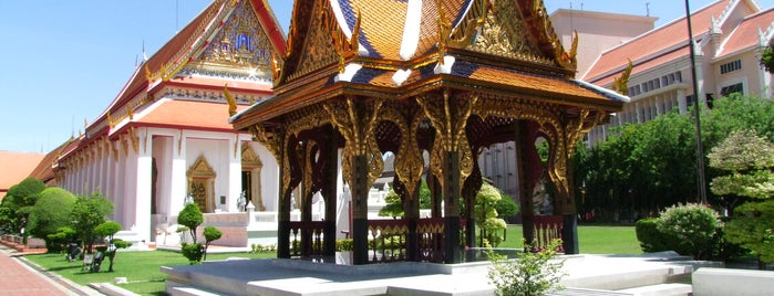 Bangkok National Museum is one of Arthur's places to visit.