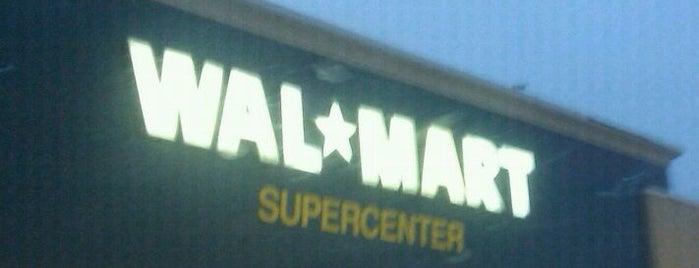 Walmart Supercenter is one of Lieux qui ont plu à Mary.