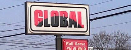Global Service Station is one of Lugares favoritos de Matty.