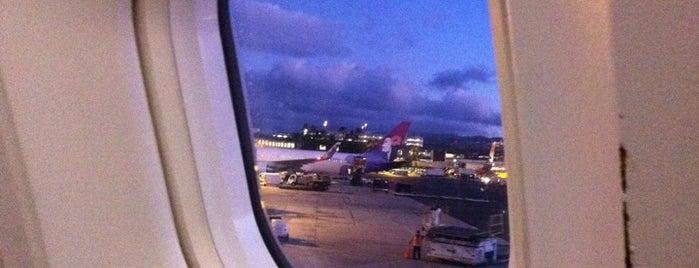 Aeroporto Internacional de Honolulu (HNL) is one of Hawaii List.