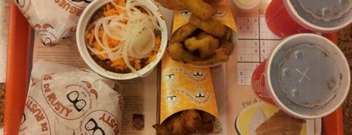 Hamburguesas de Rusty is one of Food & Fun - Quito.