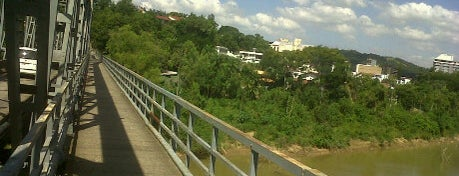 Ponte Aldo Pereira is one of Blumenau.