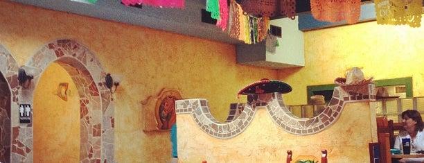 Cancun's Restaurant is one of Posti salvati di Adam.