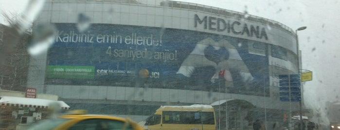 Medicana Bahçelievler Hastanesi is one of Gespeicherte Orte von hulya.