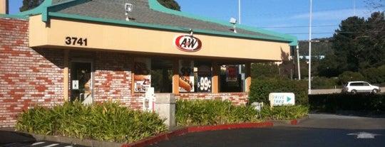 A&W Restaurant is one of Locais curtidos por Chandini.