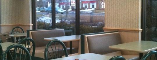 McDonald's is one of Tempat yang Disukai Mario.