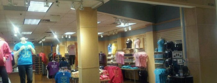 Mall of America Gift Store is one of Retail.