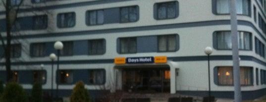 Days Inn is one of Restorāni,bāri,klubi LV.
