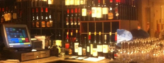 A-Bar Wine & Beer Lounge is one of ercole.