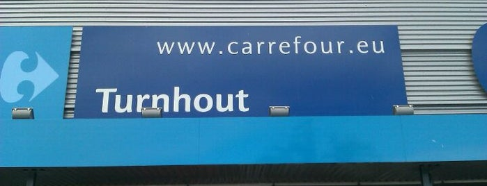 Carrefour hypermarkt is one of Filipさんのお気に入りスポット.