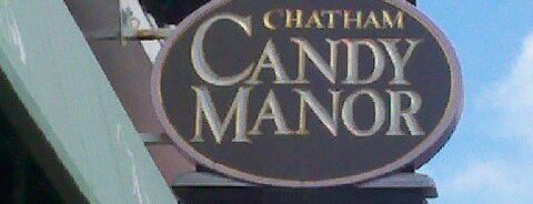 Chatham Candy Manor is one of Locais curtidos por Katherine.
