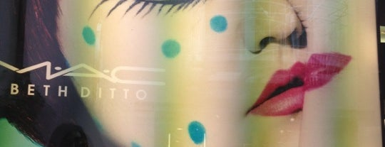 MAC Cosmetics is one of Let's go to Berlin!.