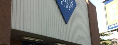 Sam's Club is one of Lieux qui ont plu à João.