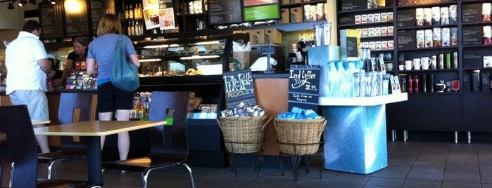 Starbucks is one of Byron 님이 좋아한 장소.