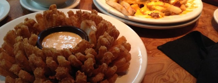 Outback Steakhouse is one of Harlen 님이 좋아한 장소.