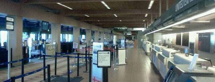 Eugene Aéroport is one of Airports~Part 1....
