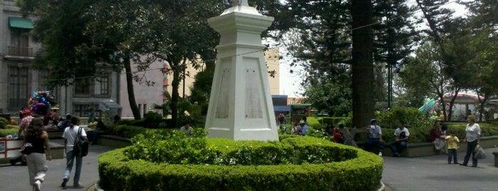 Parque Juárez is one of Lugares favoritos de Cecilia.