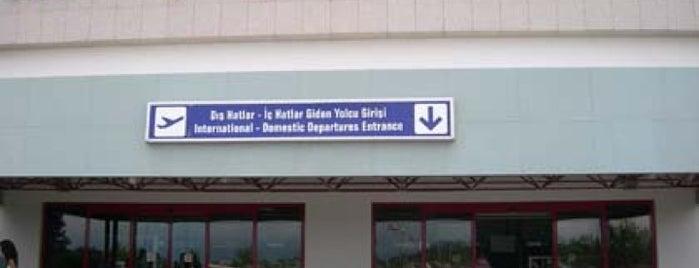 Samsun Çarşamba Havalimanı (SZF) is one of Türkiye'deki Havalimanları.