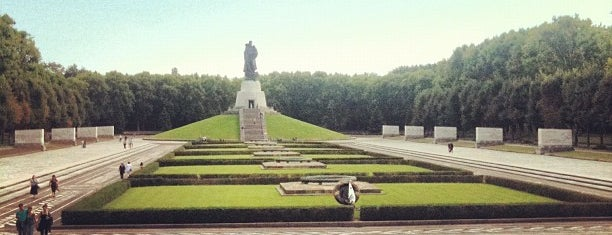 Sowjetisches Ehrenmal im Treptower Park is one of Berlin Best: Sights.