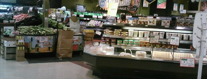 Metcalfe's Market is one of Must See Things In Milwaukee.