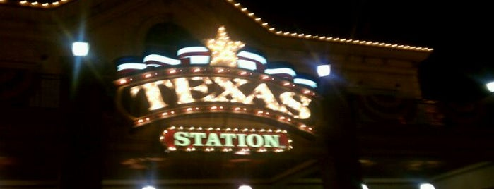 Texas Station Gambling Hall & Hotel is one of Peter's Liked Places.
